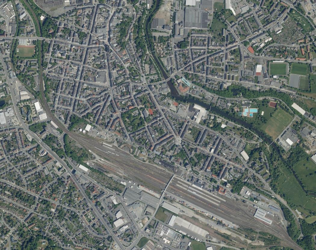 Hof_Luftbild_Innenstadt.jpg