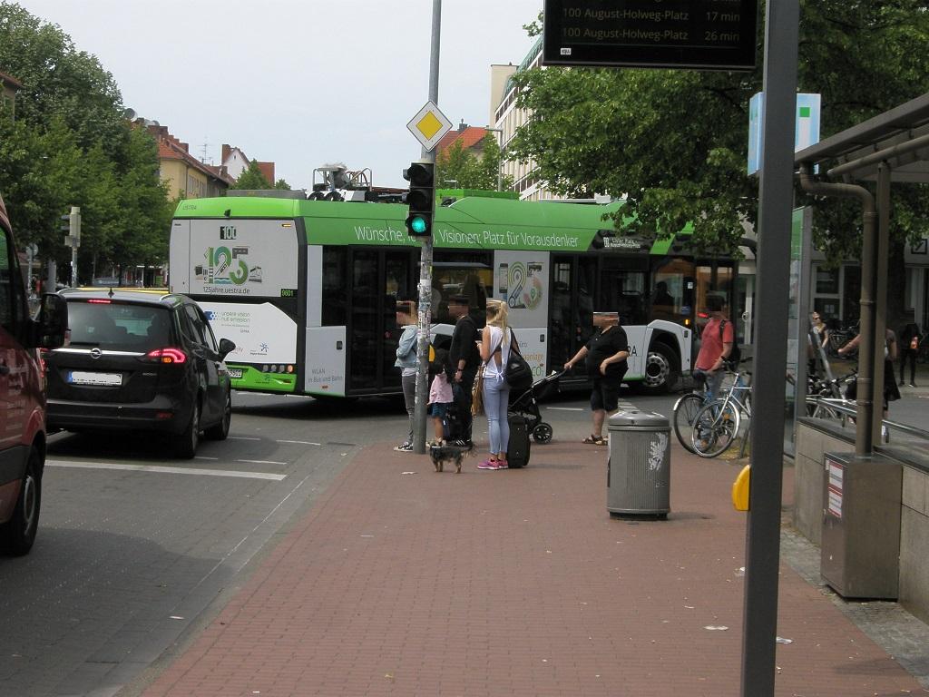 Solaris E-Bus-Rundfahrt 90.jpg