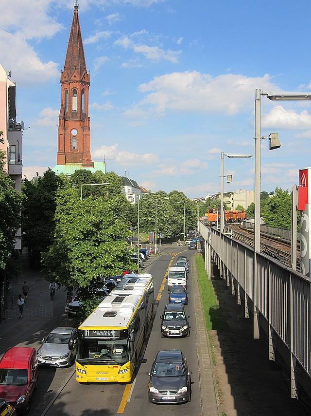 2017-07-06 U1 Gr Ersatzverkehrsbus.jpg