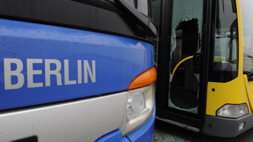 bus-scheibe-2_163222a-1024x576.jpg