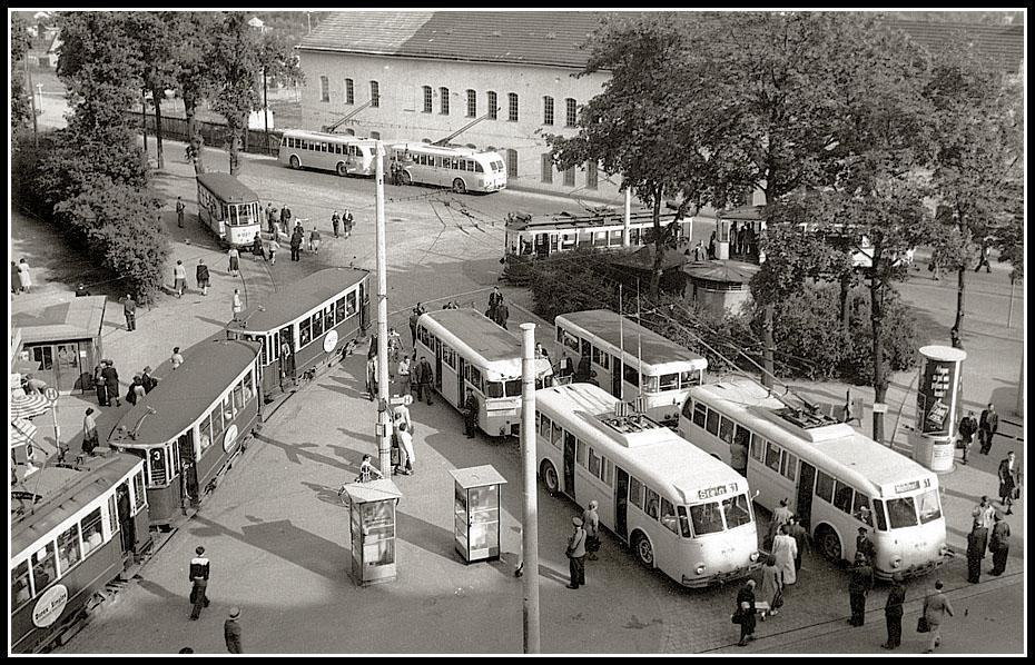 19530000_Endhaltestelle_Schweinau.jpg