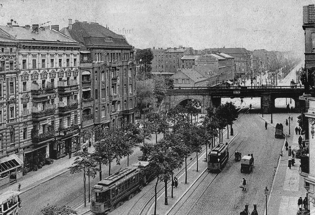 Ringbahnbrücke Frankfurter Allee ~1900.jpg