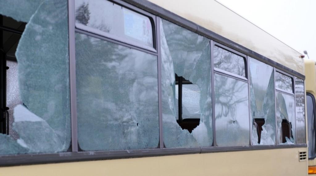 bus-scheibe-4_163224a-1024x571.jpg
