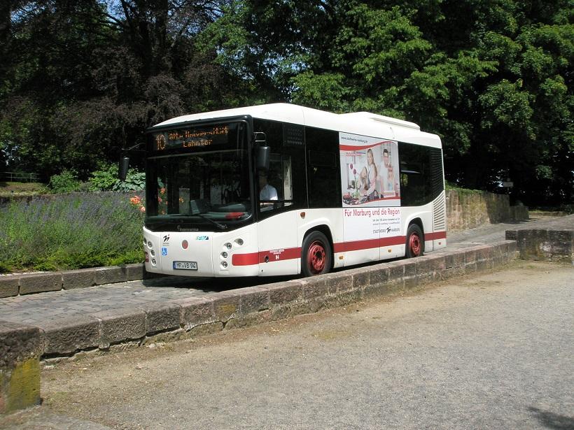 Marburg Bus zum Schlossberg.jpg
