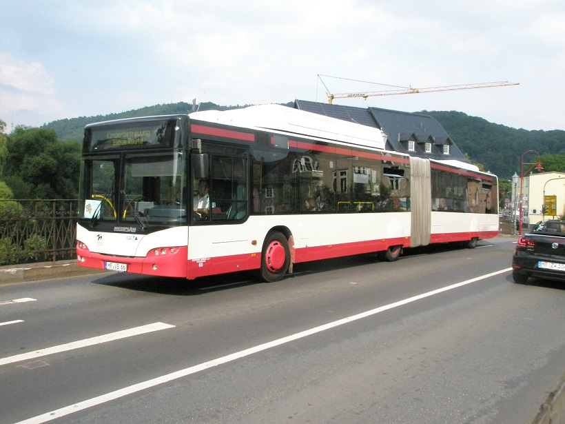 2016 Juni Marburg Neoplan-Bus 1.jpg