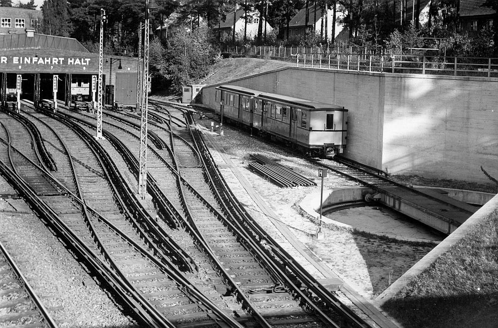 1953-10_Drehscheibe-Krumme-Lanke_01.jpg