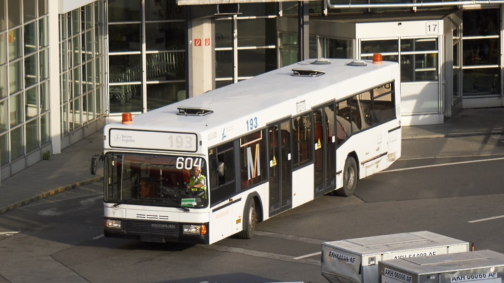 txl6_Bus_604.a_20170825.jpg
