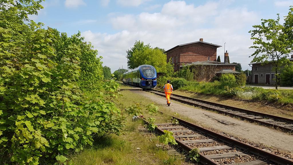 heidekrautbahn-schildsaku9.jpg