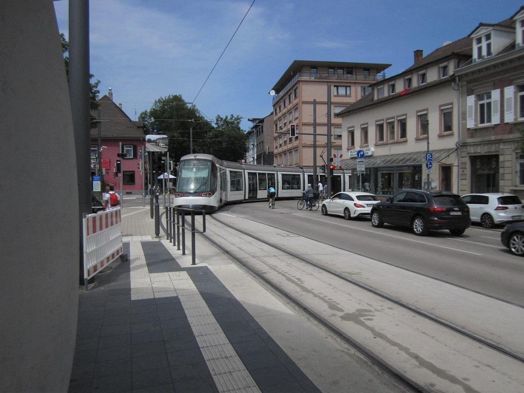 2019 Straßburg Kehl am Rhein Straßenbahn.jpg