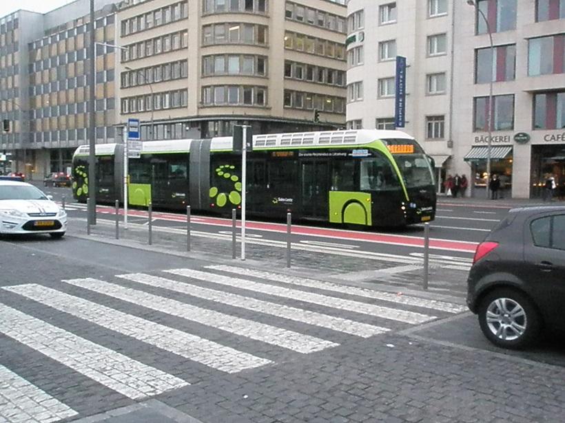 Van Hool Tram Bus Luxemburg.jpg