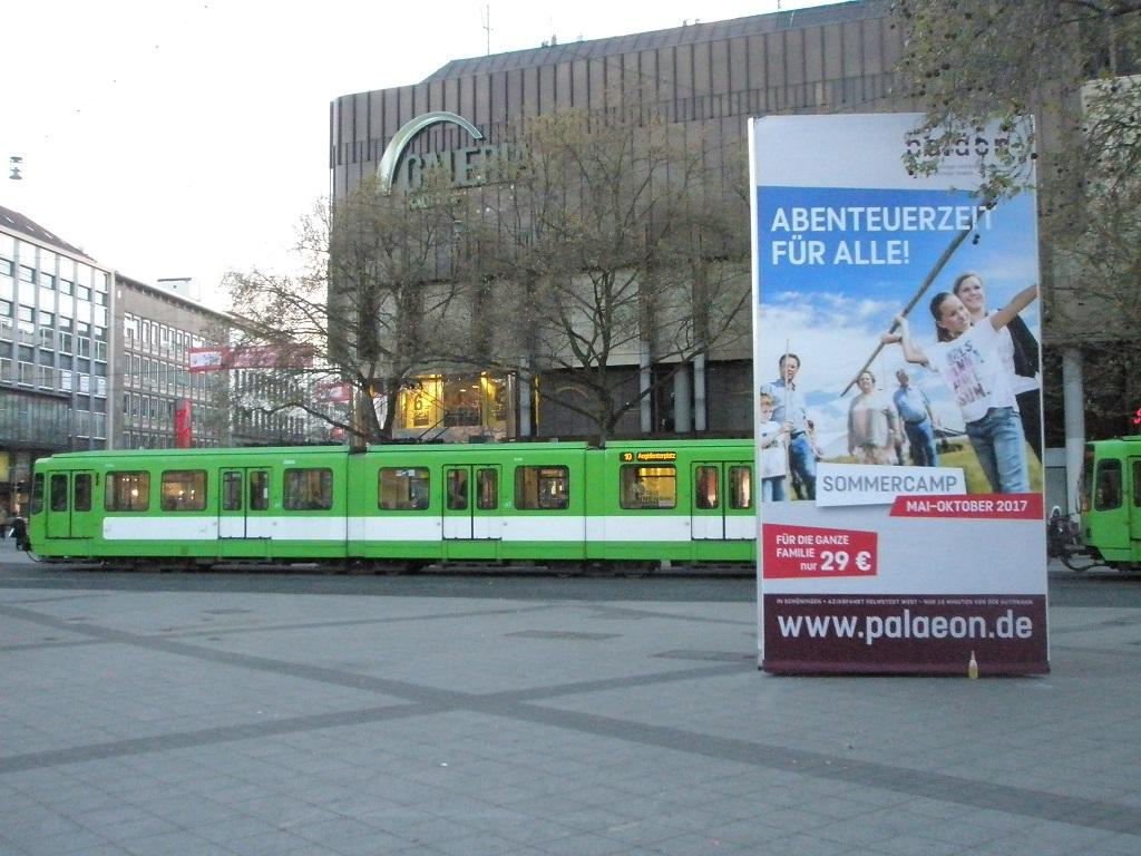 Proj 10 17 Stadtbahn vor Hauptbahnhof.jpg