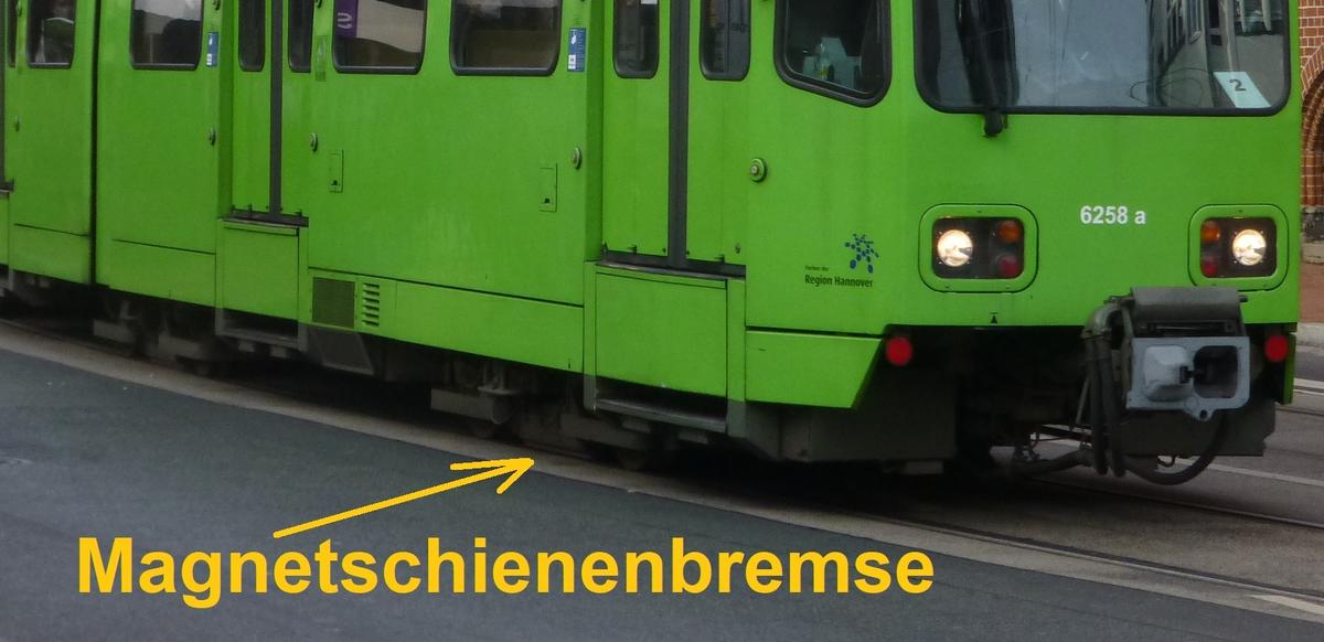 Magnetschienenbremse Straßenbahn.jpg