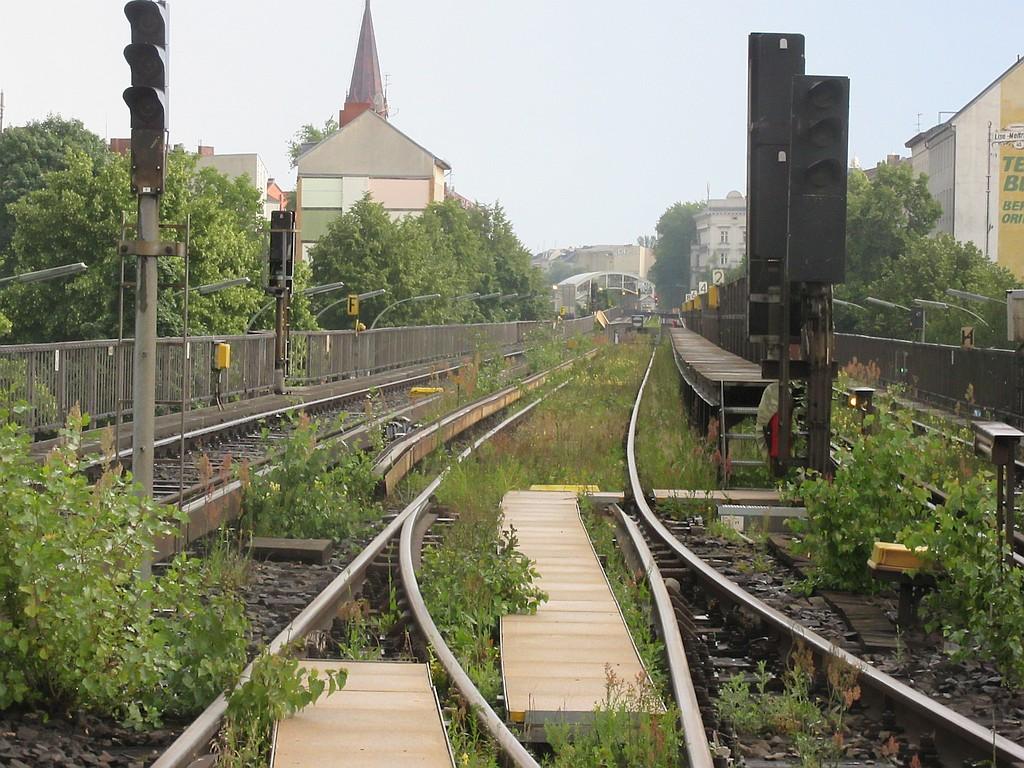 2017-07-07 U1 Kbo Grünkehrgleis.jpg