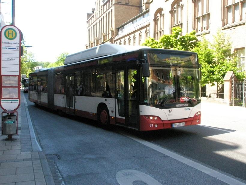 2017 Marburg Neoplan Bus H Gutenbergstraße.jpg