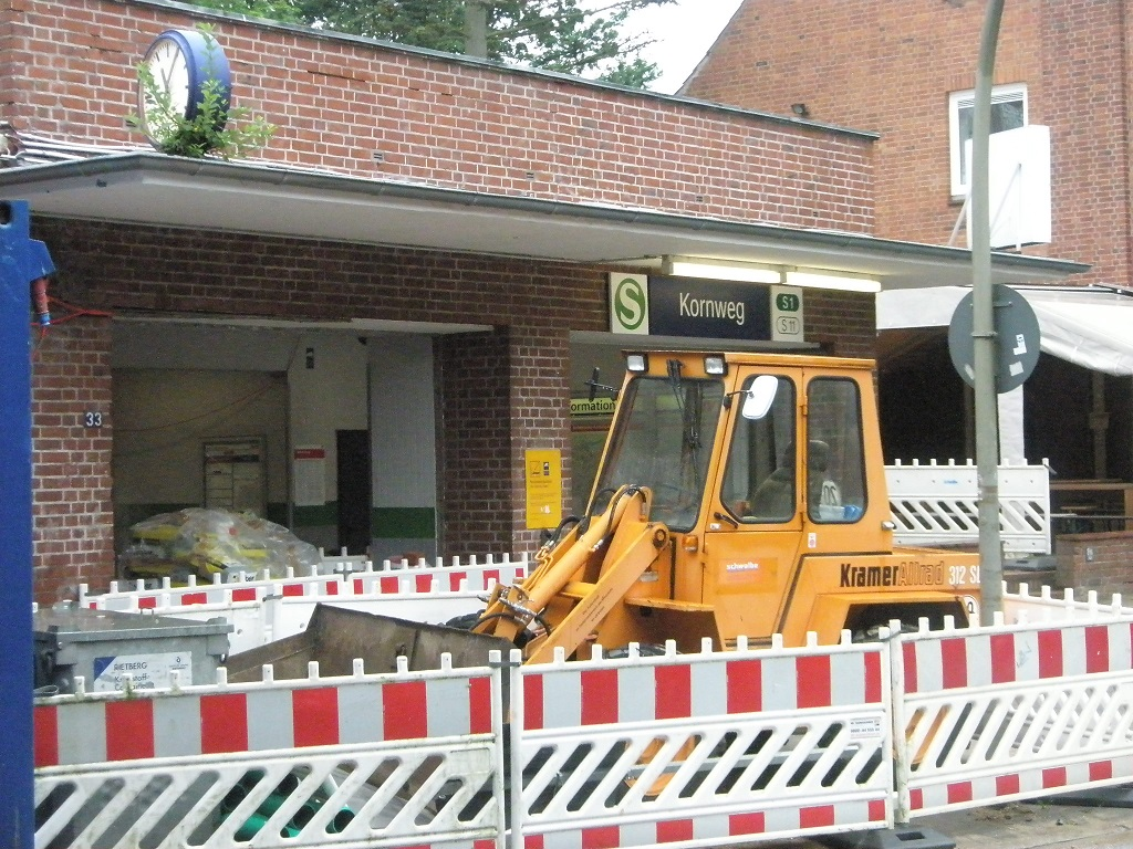 20170624 Kornweg Aufzug-Einbau A.jpg
