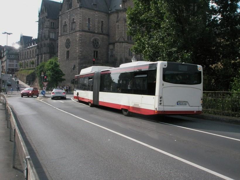 2016 Juni Marburg Neoplan-Bus 2.jpg