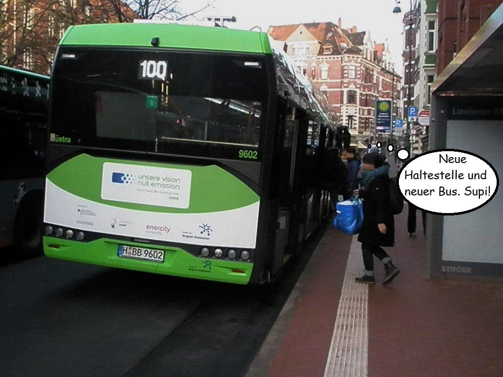Haltestelle Lindener Marktplatz Dez 2016 mit neuem E-Bus.jpg