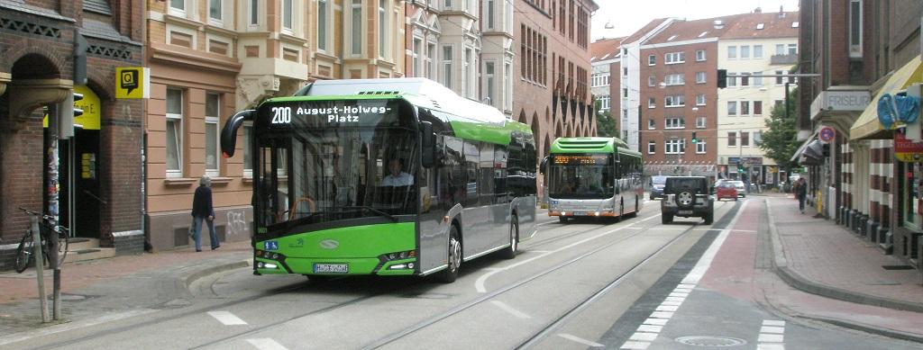 2016 Solaris E-Bus und MAN-Hybridbus.jpg