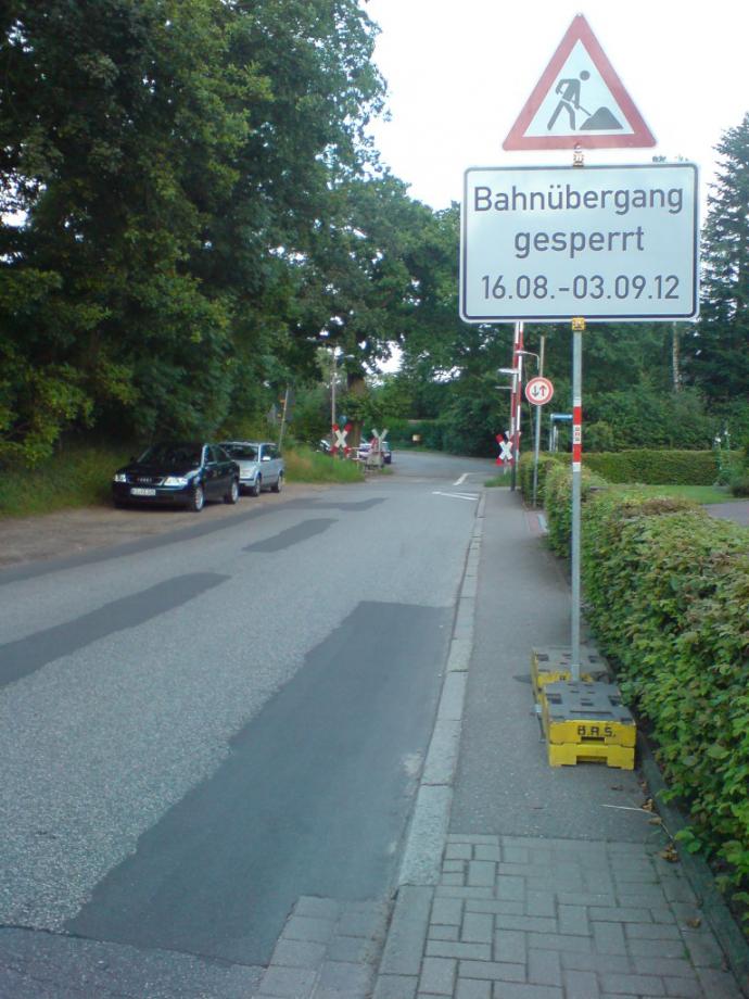 oppendorfer bahnübergang1.JPG