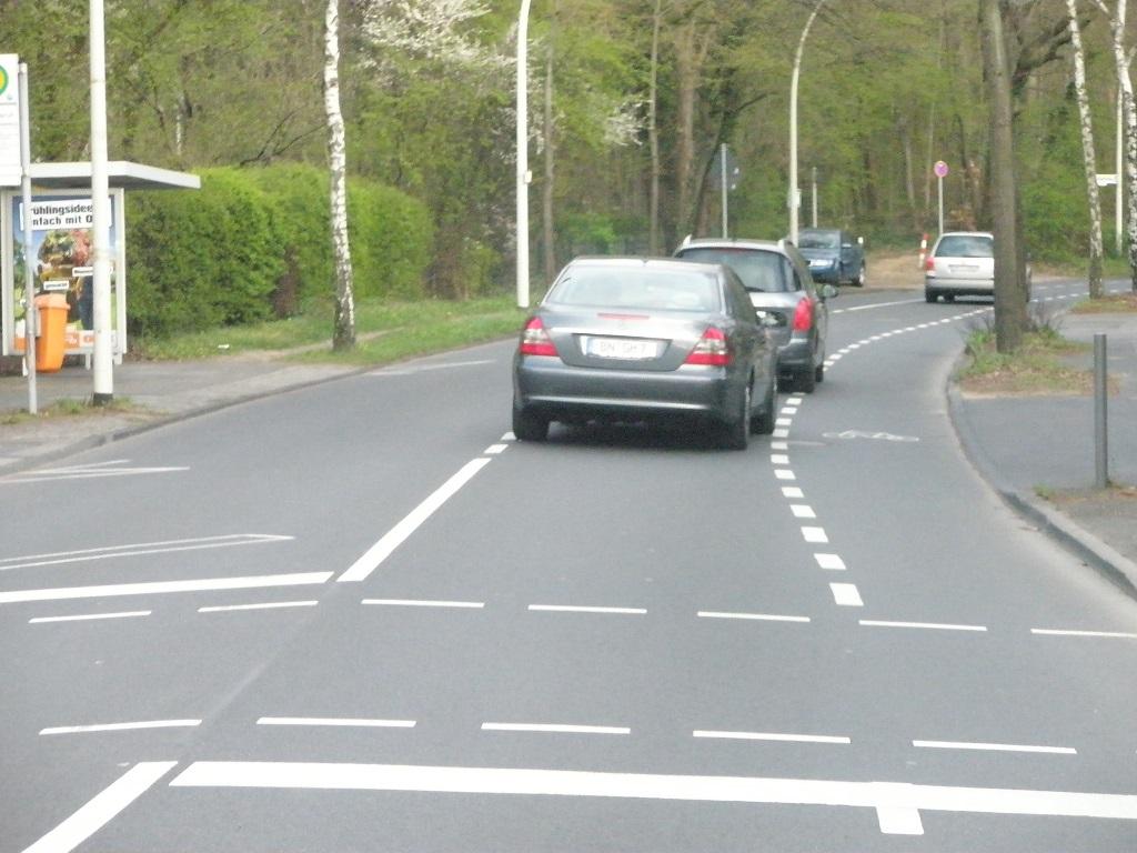 2012 April Bonn Robert-Koch-Straße Haltestelle Friedrichsruh.jpg
