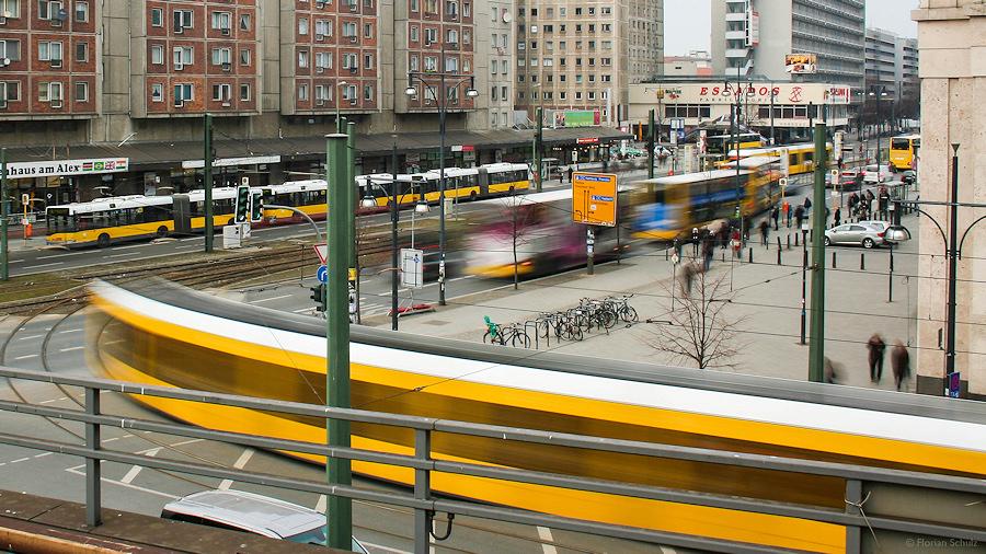 berlin-setzt-auf-gelb-0e1a350e-b8d8-45e6-a50a-640d8cd8533e.jpg
