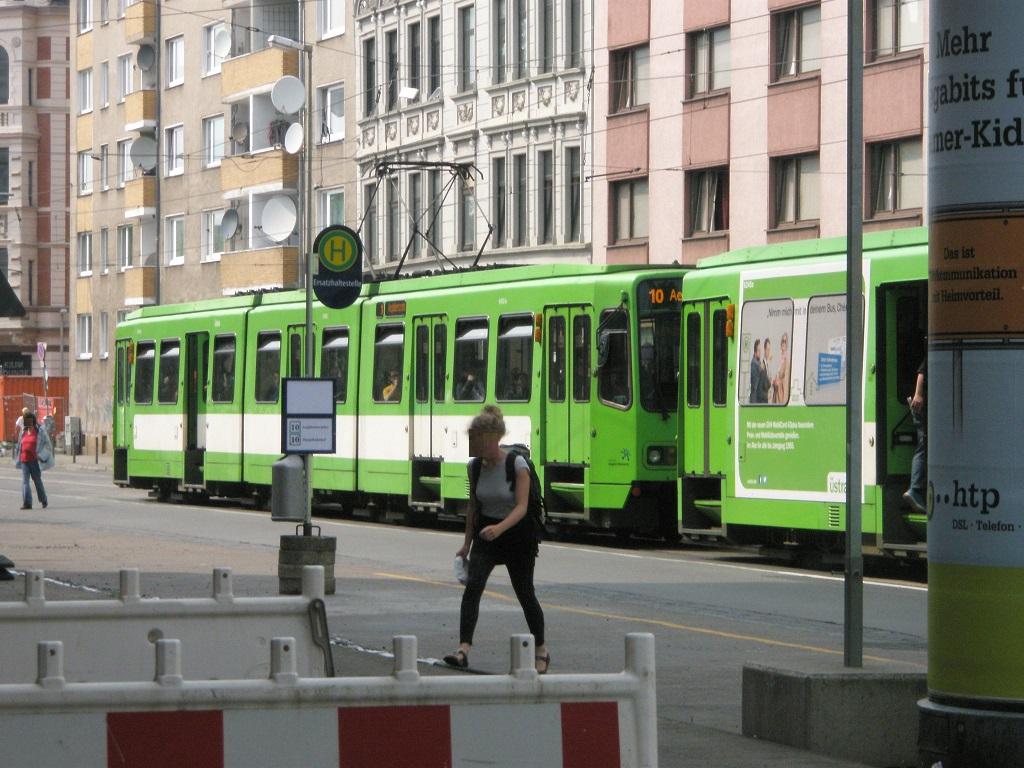 Proj 10 17 Haltestelle Goetheplatz verlegt B Ende Mai 2016.jpg