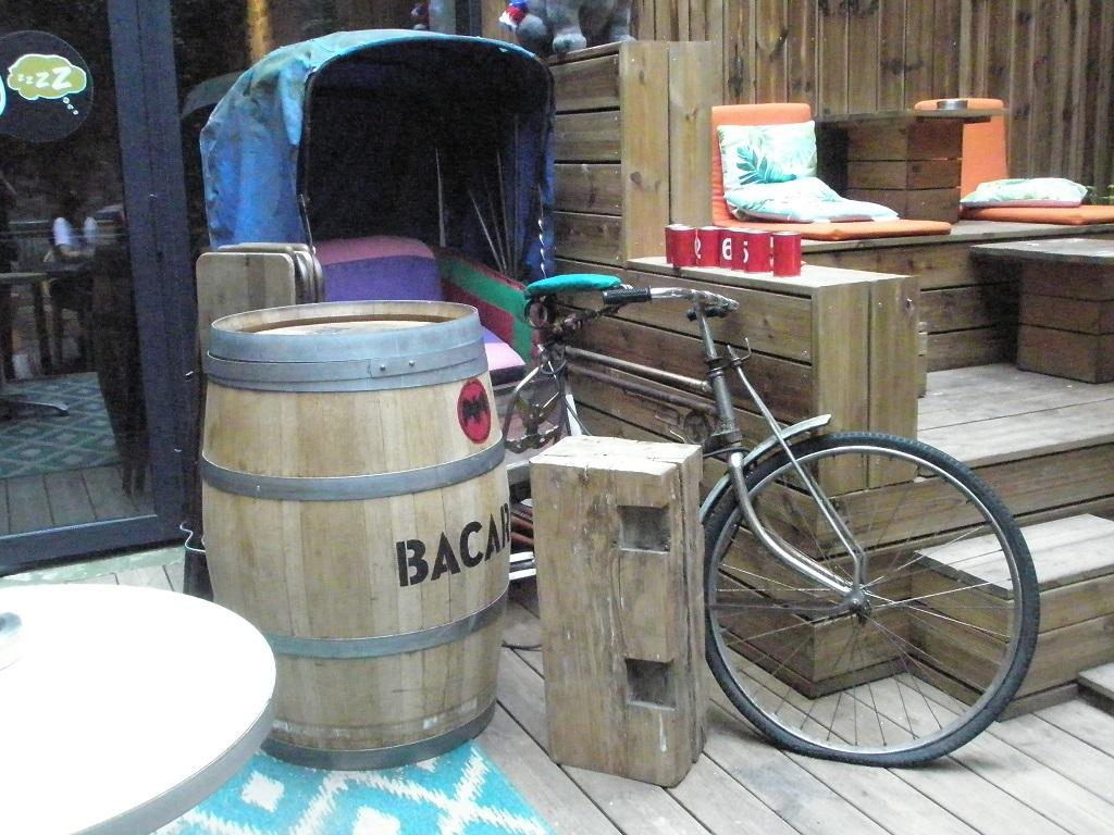 Lastenfahrrad traditionelle Fahrradrikscha.jpg