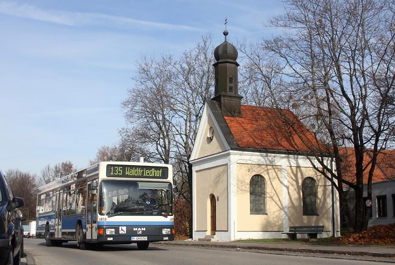 bahninfo-bus06.jpg