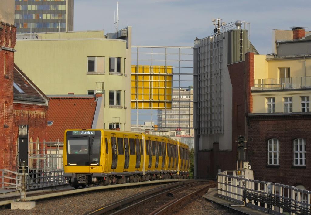 1051-1 Go Einfahrt(1).jpg