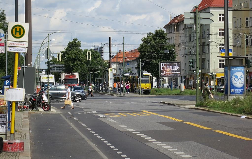 Baustelle+Busspur Greifswalder M4.jpg