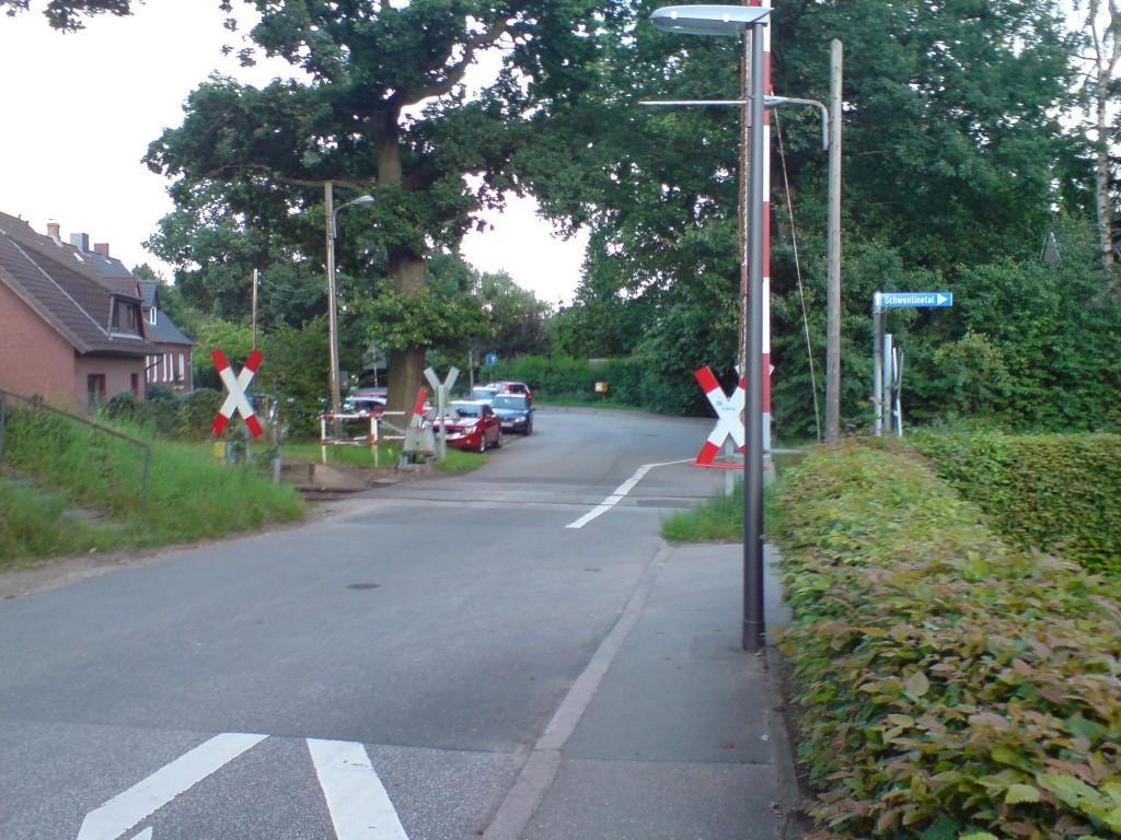 oppendorfer bahnübergang2.JPG